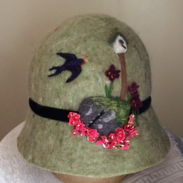 Garden Scene Dream Hat